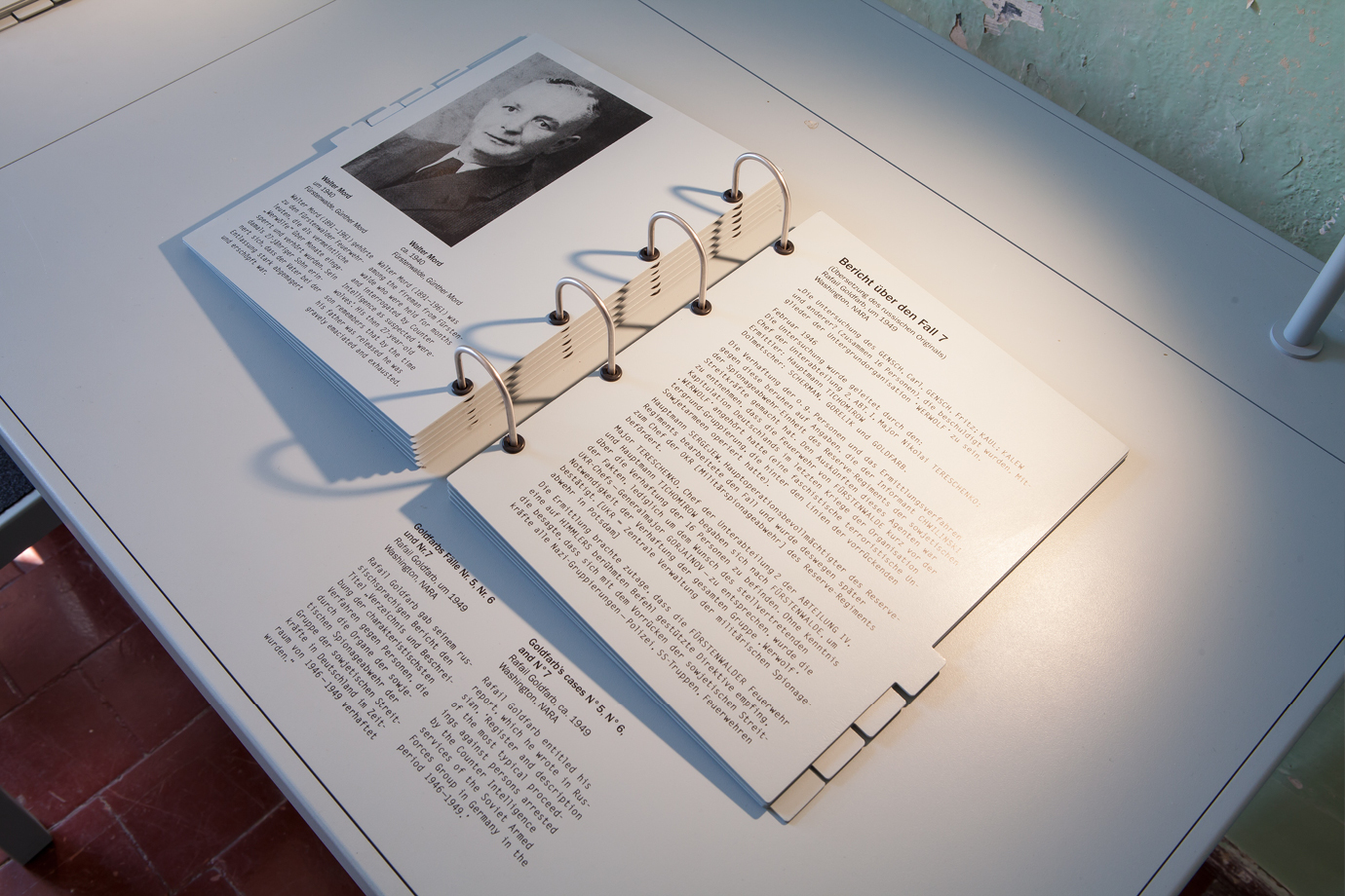 http://e-o-t.de/wordpress/wp-content/uploads/2017/04/2012_eot-Leistikow-Exhibition-11.jpg