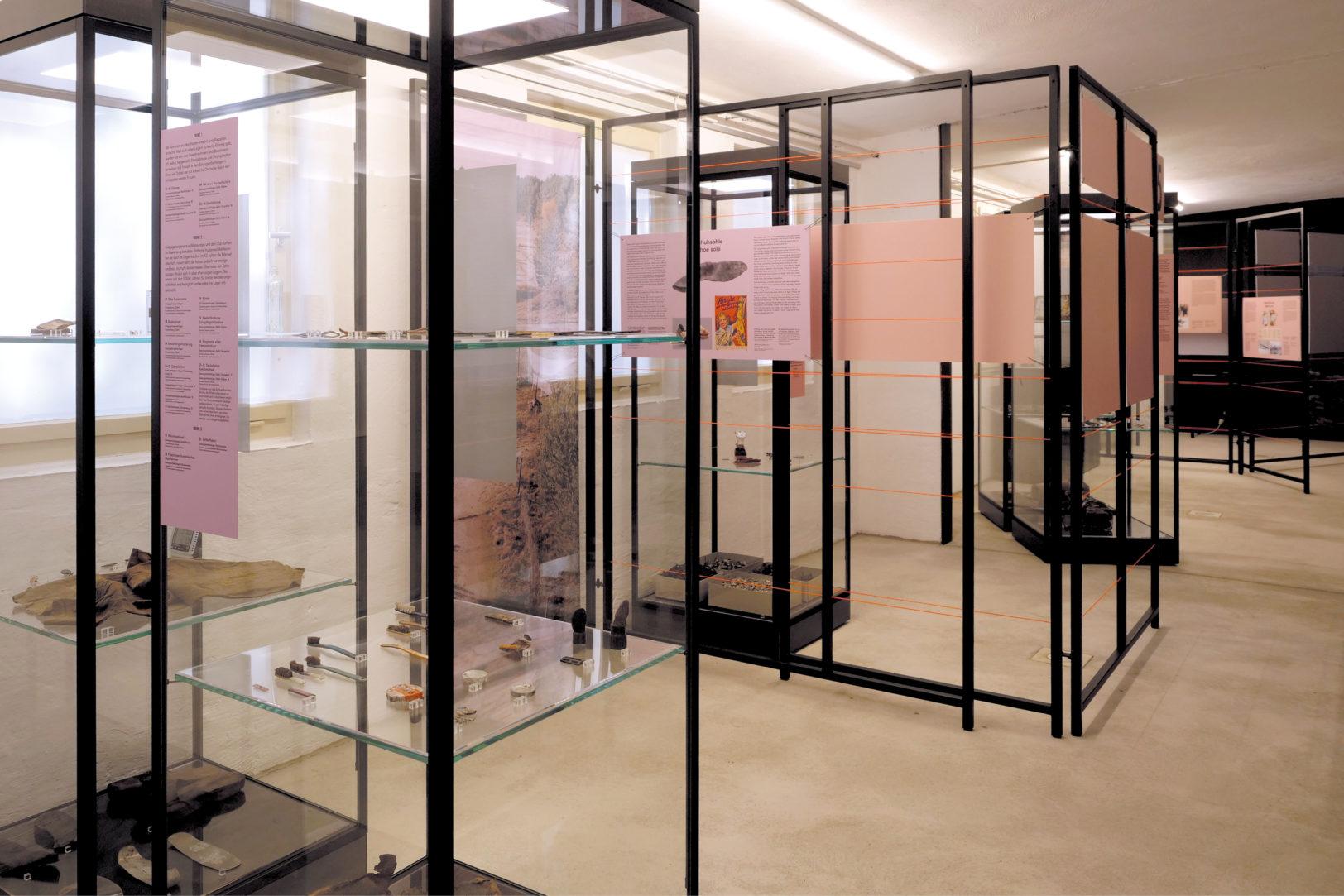 http://e-o-t.de/wordpress/wp-content/uploads/2020/04/Exhibition-Ausgeschlossen-eot-6.jpg